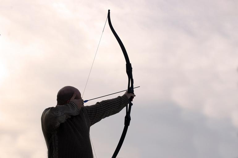 Buying Your First Recurve Bow