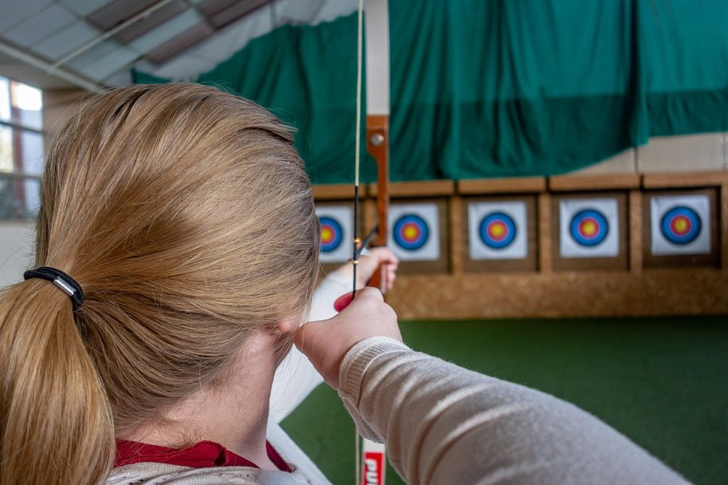 How to Find the Draw Length on a Recurve Bow