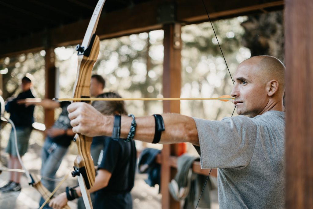Best Recurve Bows For Tall People